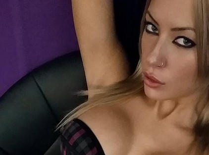 Lacey Black Live Webcam Model Nominated in Adult Webcam Awards